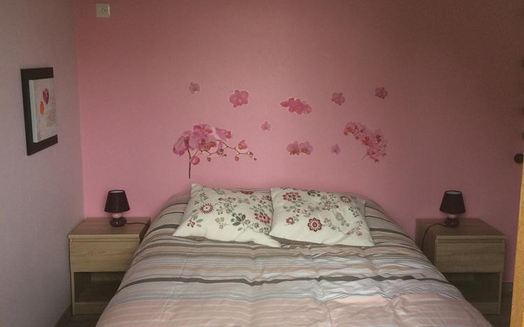 Chambre au rez-de-chaussée (lit double 140x190)