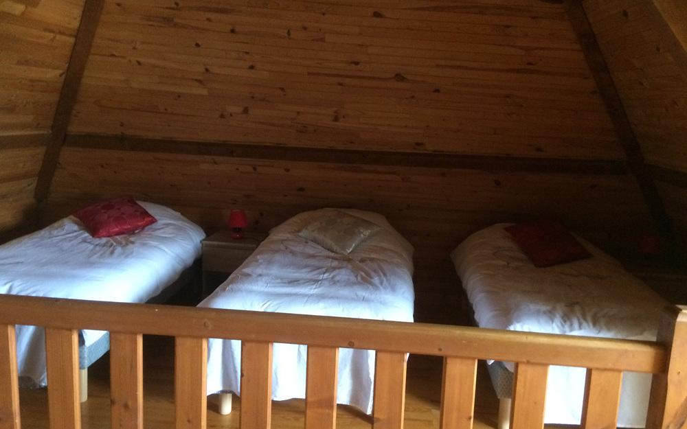 Chambre dortoir (6 lits simples)